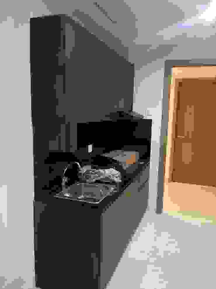 Kitchen set (Sebelum) Oleh Tatami design