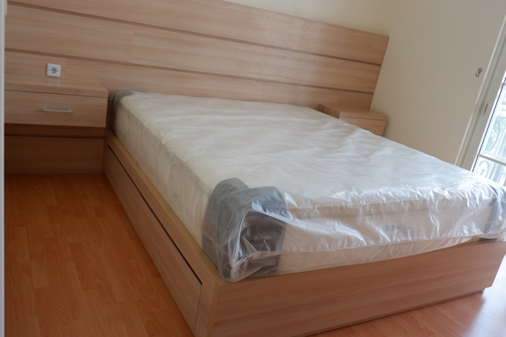 Bedroom beds Oleh Tatami design