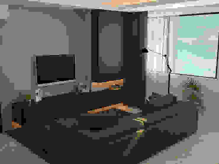 Ruang keluarga 1 Oleh Tatami design