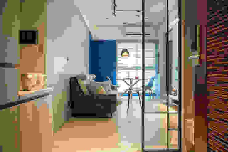 現代簡約舞春秋 根據 富亞室內裝修設計工程有限公司 簡約風 鐵/鋼