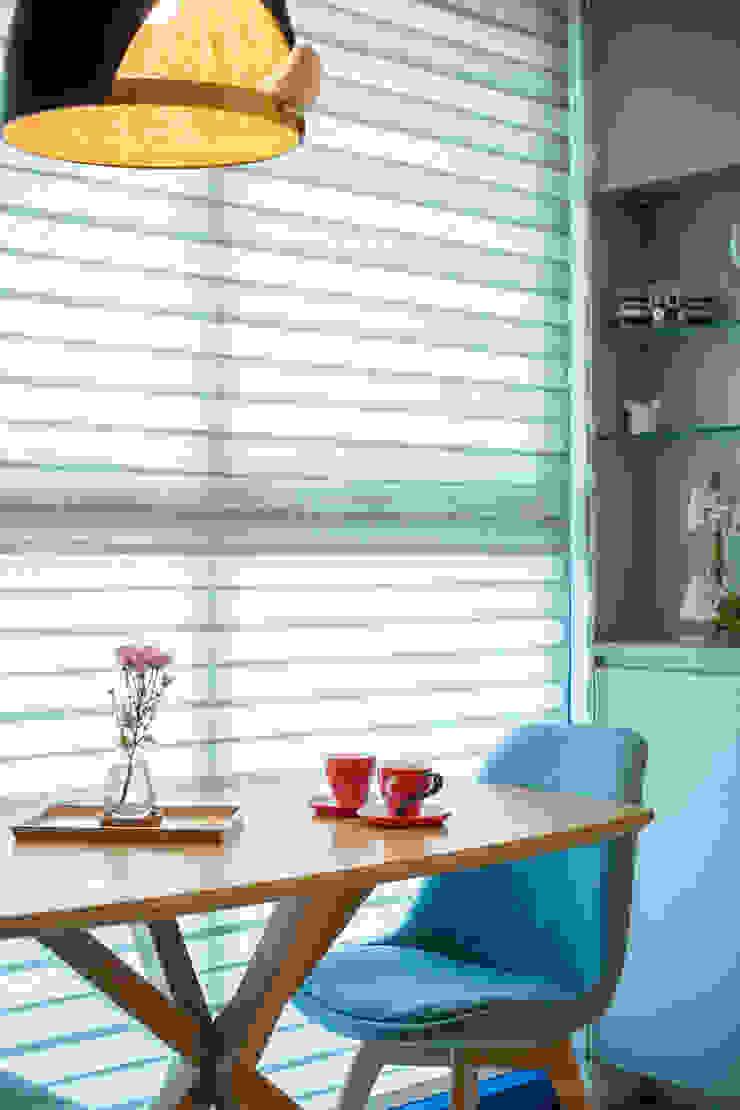 現代簡約舞春秋: 斯堪的納維亞  by 富亞室內裝修設計工程有限公司, 北歐風 實木 Multicolored
