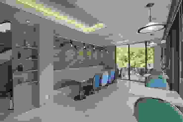 랑스카페 1층: IDA - 아이엘아이 디자인 아틀리에의 현대 ,모던