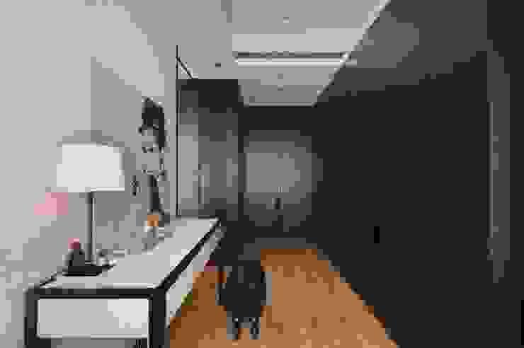 也可以當作是辦公空間 直方設計有限公司 Classic style study/office