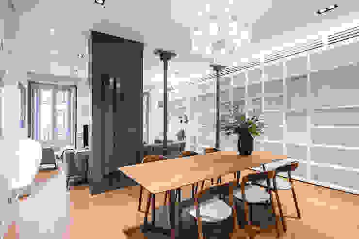 Comedores de estilo clásico de AGi architects arquitectos y diseñadores en Madrid Clásico