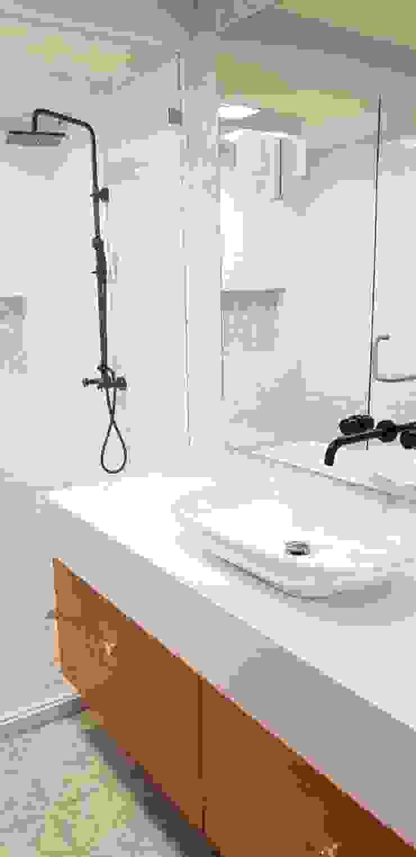 Baño Baños de estilo ecléctico de RIVERA ARQUITECTOS Ecléctico Cerámico