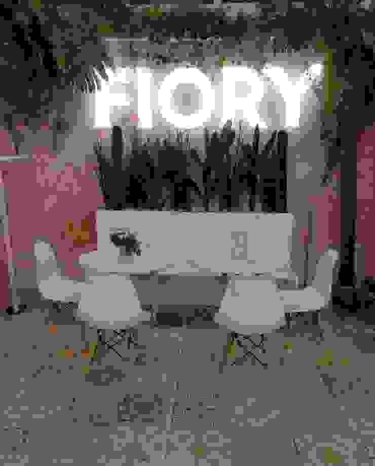 Stand Fiory de Decó ambientes a la medida Ecléctico