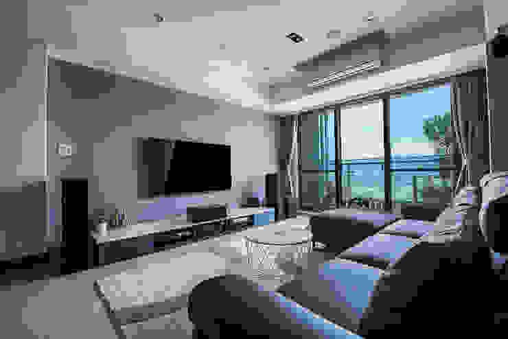 沉穩大氣-將捷家和 富亞室內裝修設計工程有限公司 客廳沙發與扶手椅 合成纖維 Blue