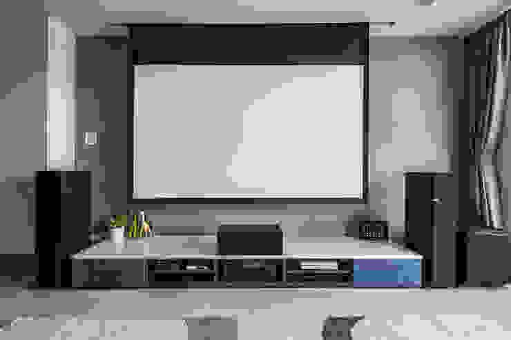 沉穩大氣-將捷家和 富亞室內裝修設計工程有限公司 客廳電視櫃 MDF Beige