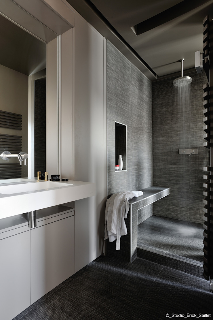 Franck VADOT Architecture Ванна кімната