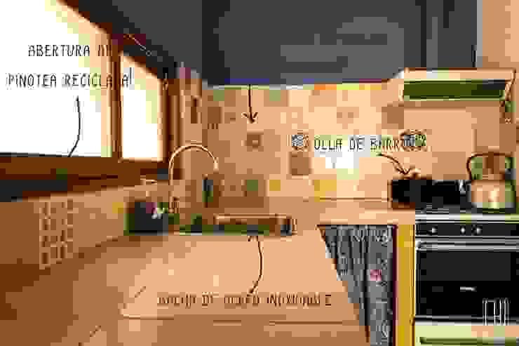 Cocina rural Cocinas rurales de Eh! Arquitectura Rural