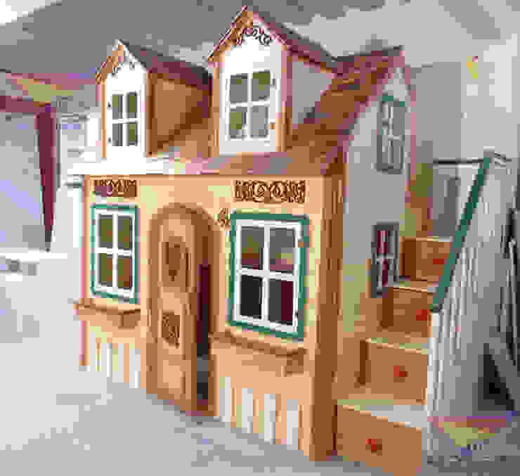 Preciosa casita del Bosque de camas y literas infantiles kids world Clásico Derivados de madera Transparente