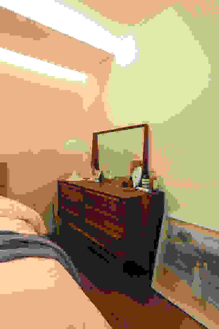 두산위브 24평형 모던스타일 침실 by 카멜레온디자인 모던