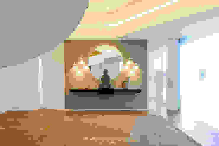 Susana Camelo Moderne Wände & Böden Beige