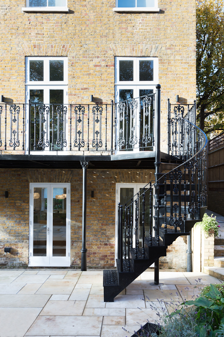 London Garden—Metal Balcony and Staircase British Spirals & Castings Balcony
