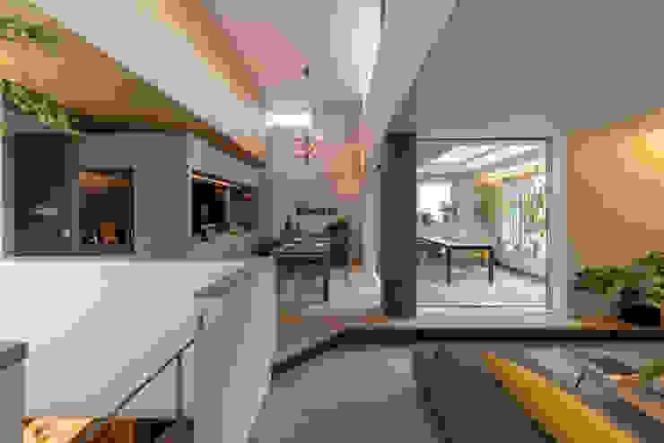 غرفة المعيشة تنفيذ タイコーアーキテクト