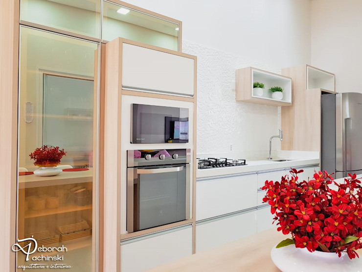 by Deborah Iachinski Arquitetura & Interiores Modern