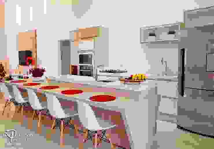 modern  by Deborah Iachinski Arquitetura & Interiores, Modern
