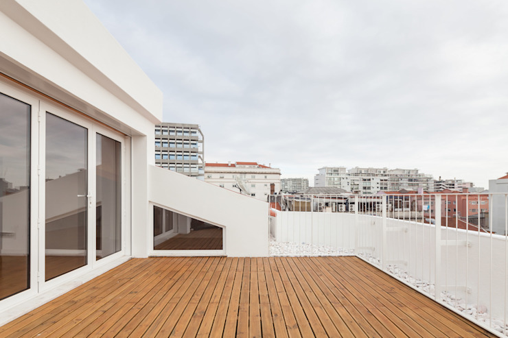 Boost Studio Balcones y terrazas de estilo moderno Madera Acabado en madera