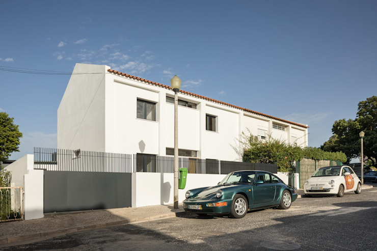 Modern houses by Boost Studio Modern Concrete