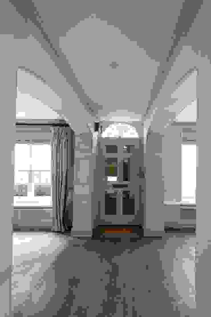 Knightsbridge Townhouse Prestige Architects By Marco Braghiroli Pasillos, vestíbulos y escaleras clásicas