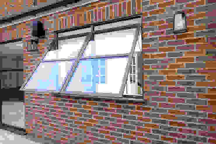 Sieger Legacy window IQ Glass UK Basement windows Aluminium/Zinc Brown