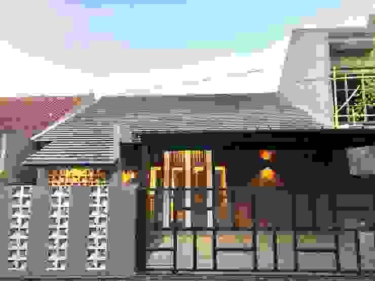 RZ House ( Tampak Depan) Oleh Studié