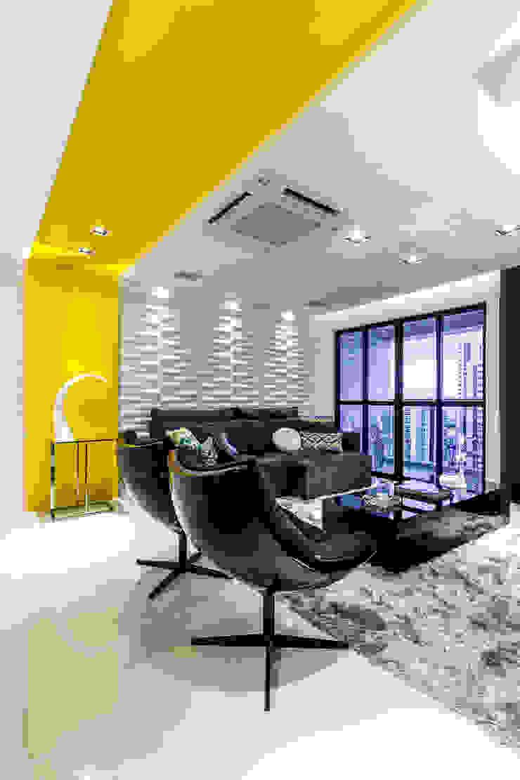 Estar/ Sofá/ Mesa de centro/ Poltronas/ Revestimento 3D Salas de estar modernas por Sônia Beltrão Arquitetura Moderno