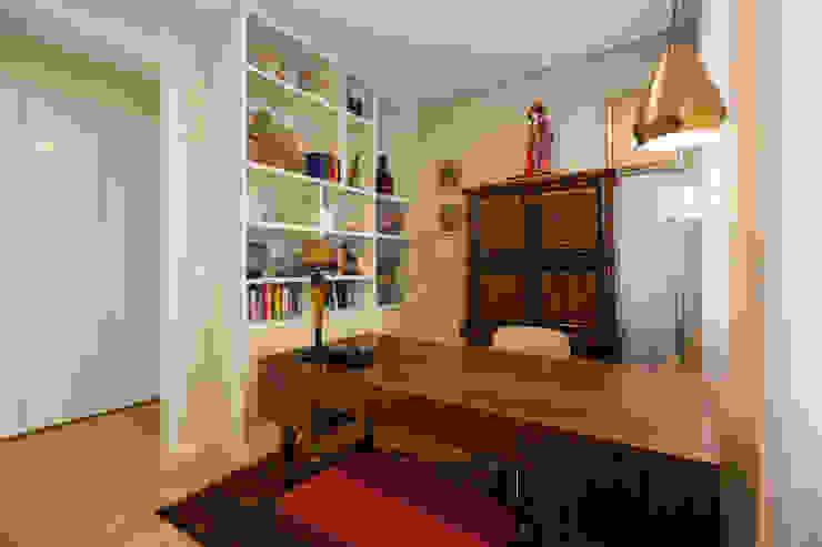 Studio in stile asiatico di ShiStudio Interior Design Asiatico
