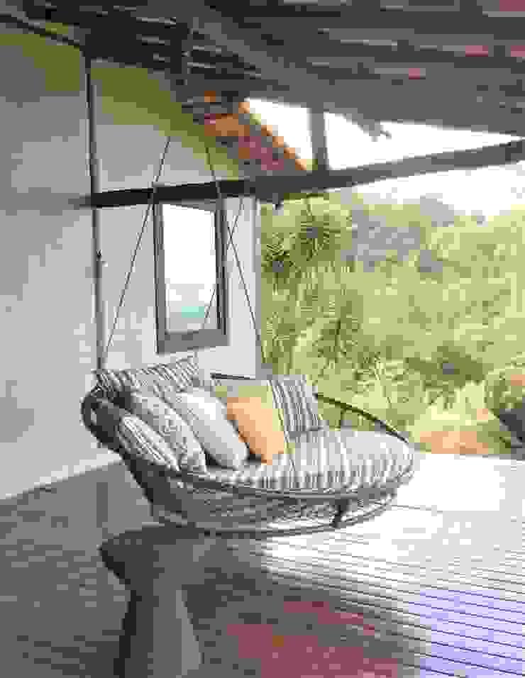 Cristina Szabo Designer de Bem-Estar Balcones, porches y terrazasMobiliario Textil