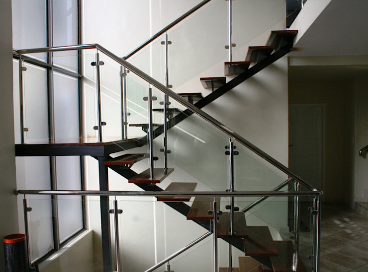 Corporate Office Stairs by Renov8 CONSTRUCTION Modern Metal