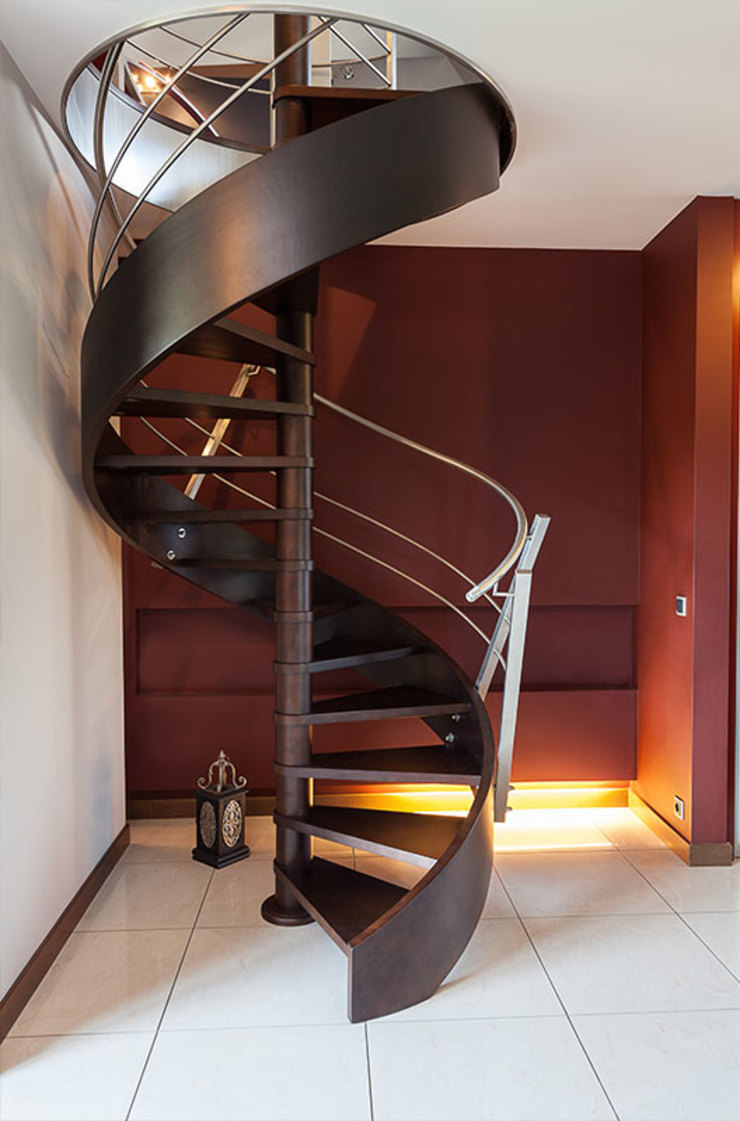 Metal Spiral Staircase by Renov8 CONSTRUCTION Modern Metal