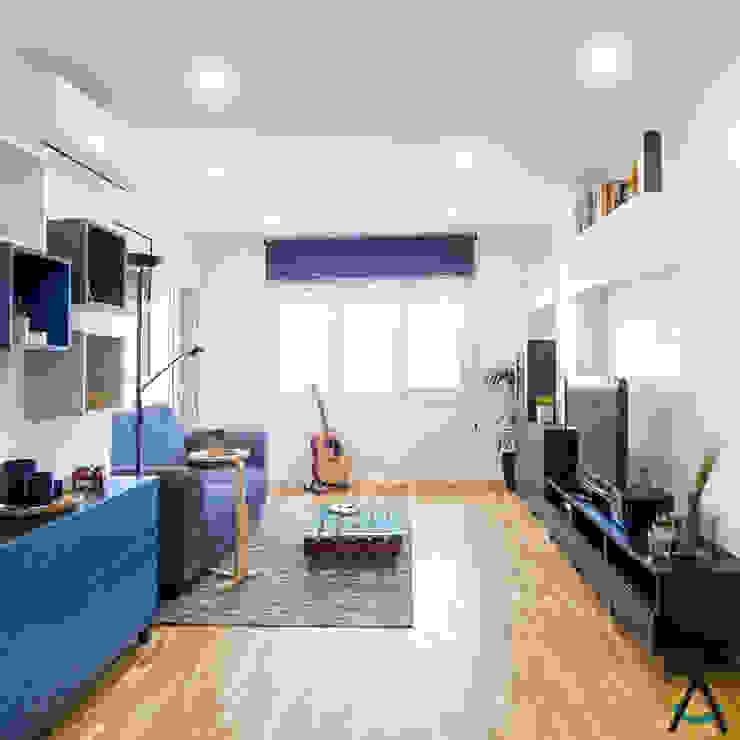 Salon moderne par Estudi Aura, decoradores y diseñadores de interiores en Barcelona Moderne Bois Effet bois