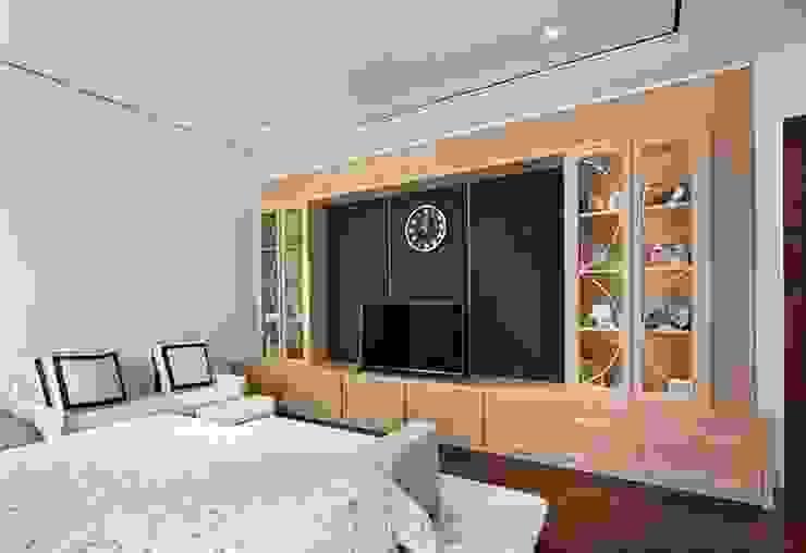 Kabinet TV: Kamar Tidur oleh ARF interior,