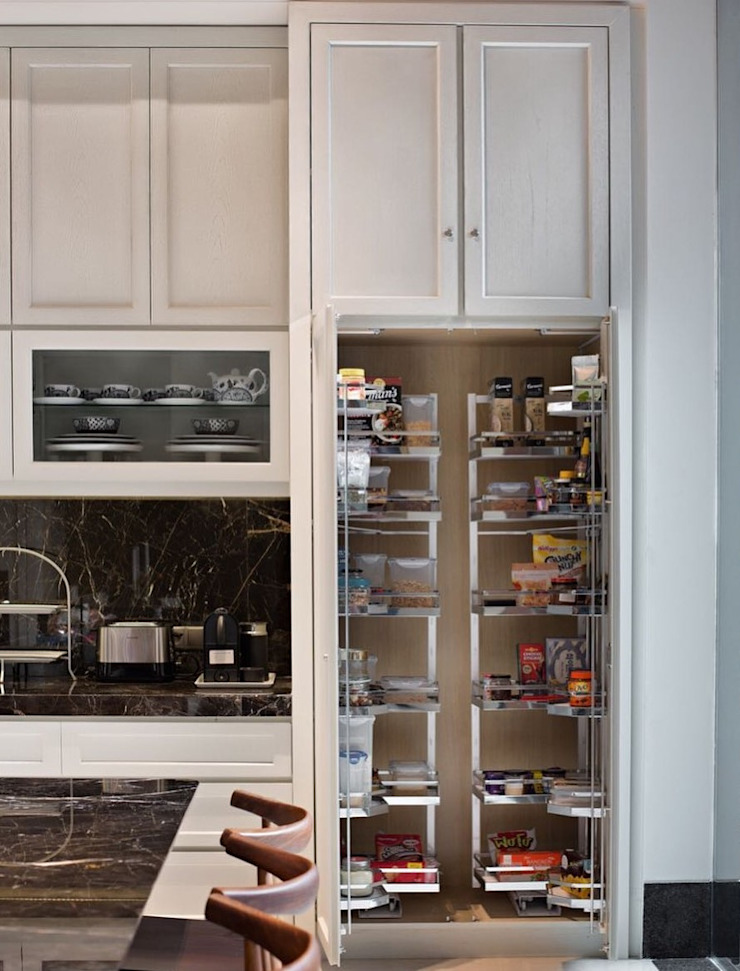Lemari penyimpanan bahan dasar Dapur Modern Oleh ARF interior Modern