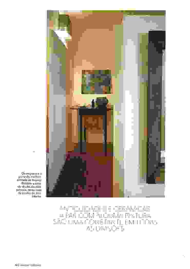 Officina Boarotto Pasillos, vestíbulos y escaleras modernos