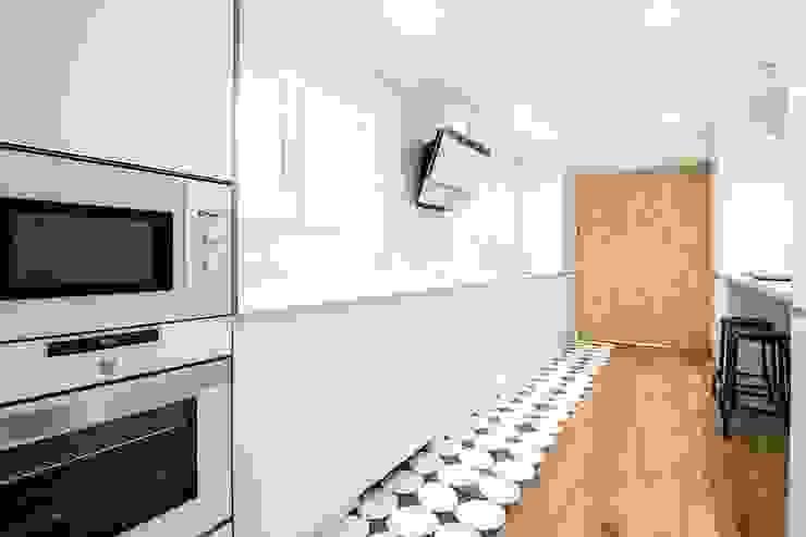 DonateCaballero Arquitectos Modern kitchen