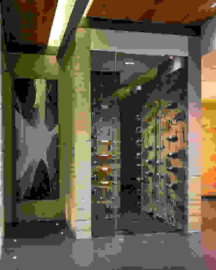 Modern wine cellar by Concepto Taller de Arquitectura Modern