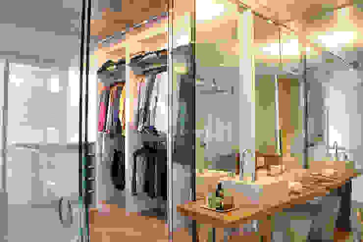 Cristina Szabo Designer de Bem-Estar Closets de estilo moderno