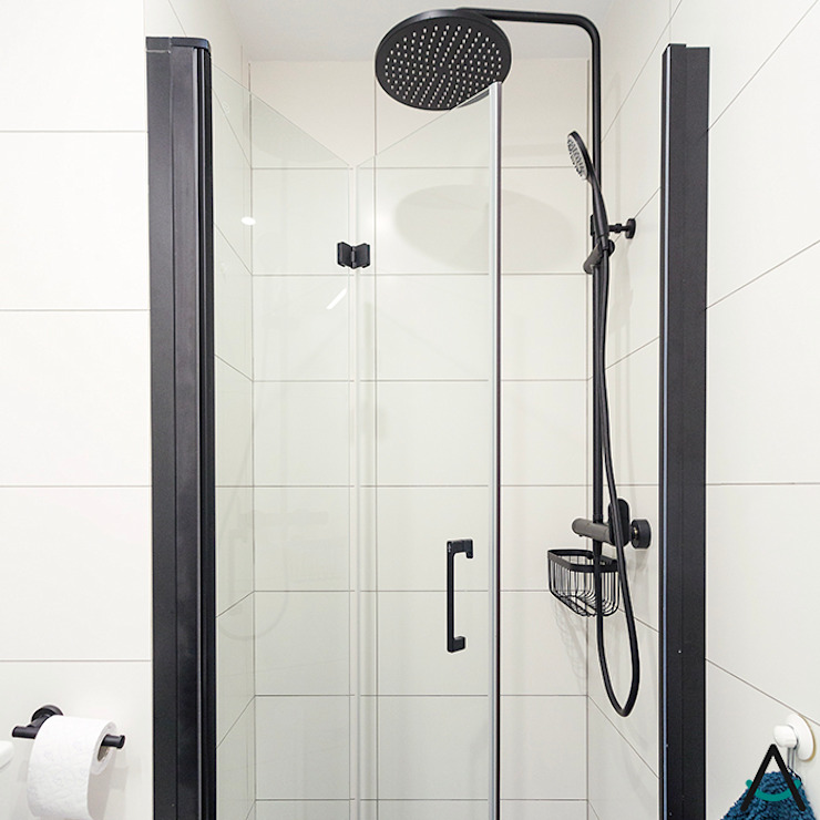 Salle de bain moderne par Estudi Aura, decoradores y diseñadores de interiores en Barcelona Moderne Céramique