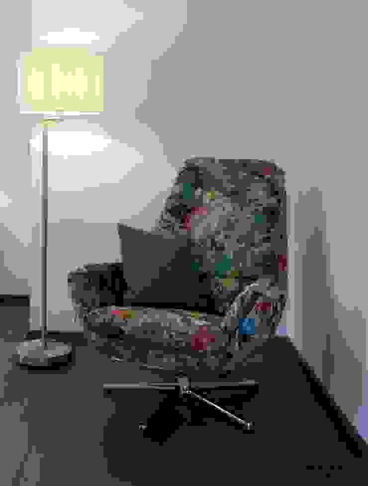 Chambre moderne par Anastasia Reicher Interior Design & Decoration in Wien Moderne