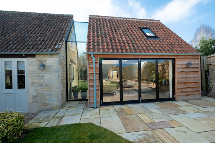 The Stables by IQ Glass UK Modern Glass