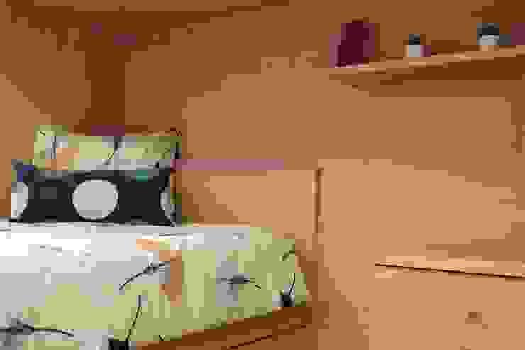 DEPOIS - Dormitorio de >Solteiro por PROJETARQ