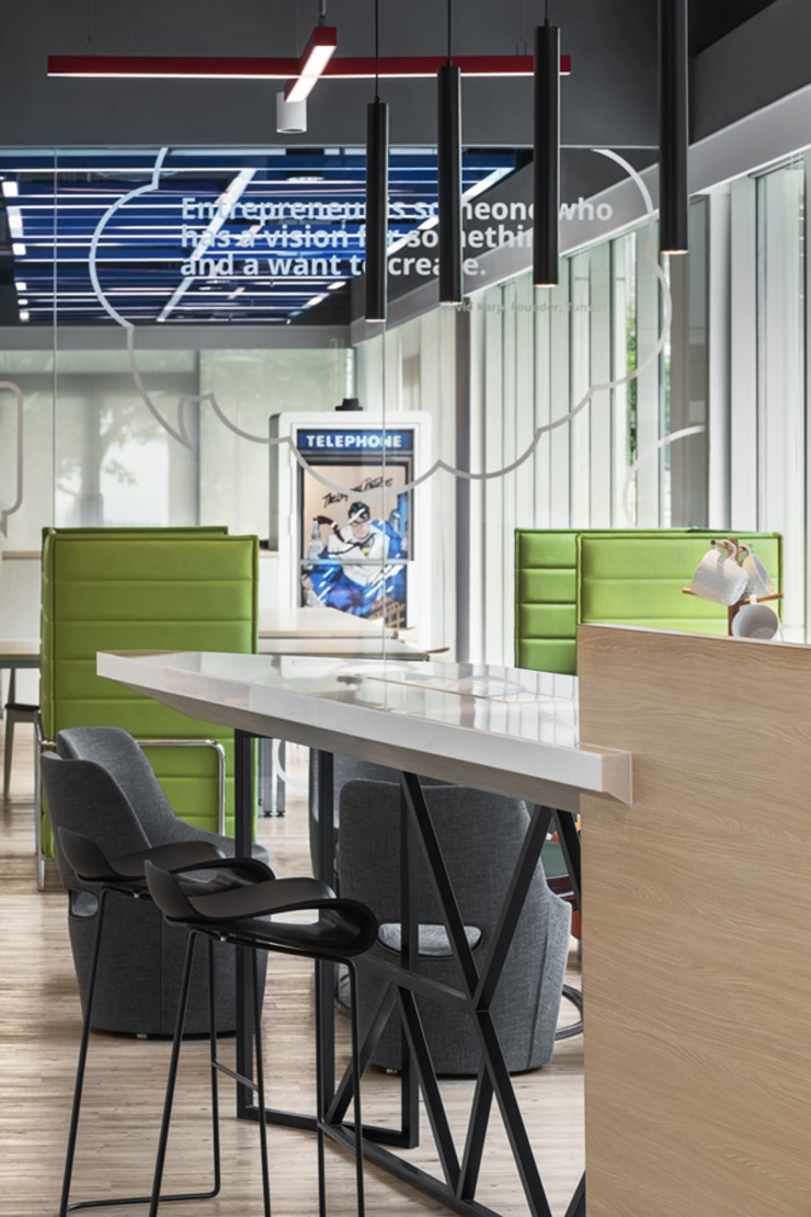 中華開發南港園區辦公室 根據 伊歐室內裝修設計有限公司 現代風