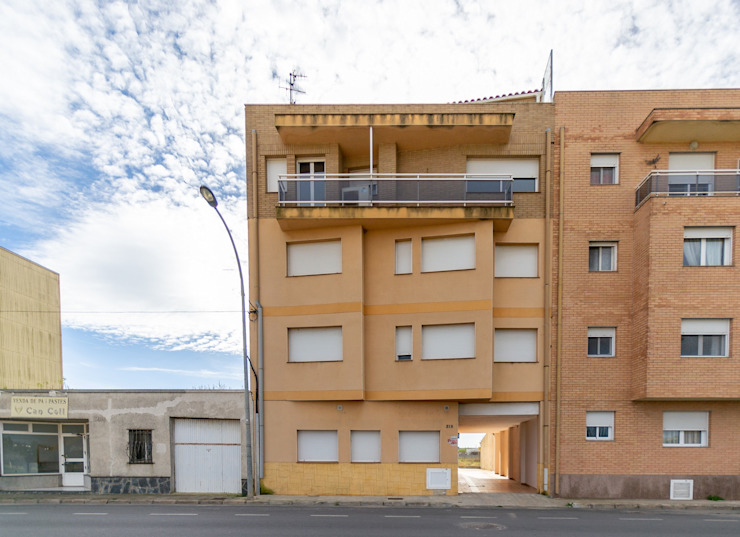 Industrial style houses by Home Staging Tarragona - Deco Interior Industrial