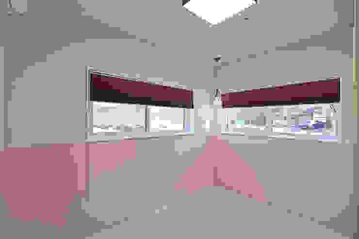 1층 안방: 하우스톡의  방