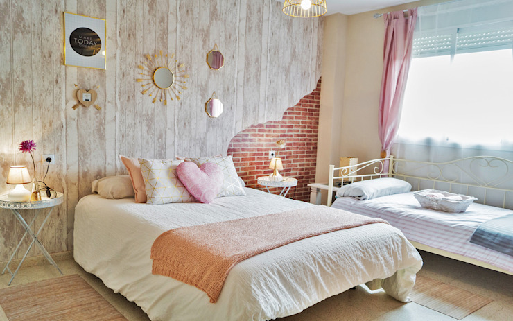 Housing & Colours의  침실