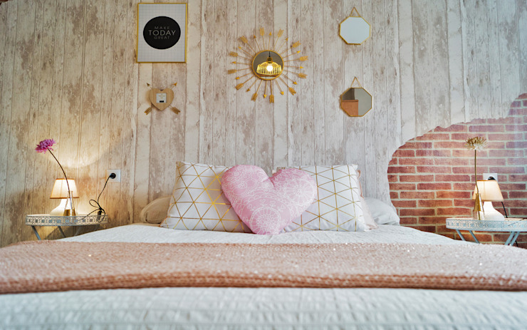 Bedroom by Housing & Colours