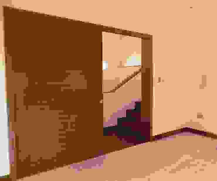 Dormitorio principal de RCR Arquitectos Moderno Concreto