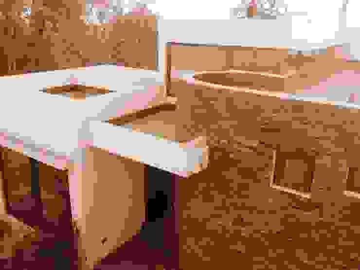 Acceso a la casa de RCR Arquitectos Moderno Piedra