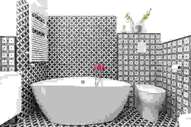 에클레틱 욕실 by Facile Ristrutturare 에클레틱 (Eclectic)